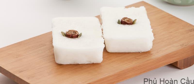 Baekseolgi - bánh gạo hấp Hàn Quốc với hình hộp