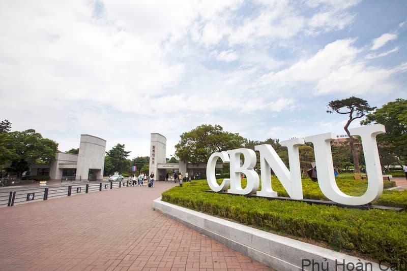 Đại học Chonbuk Hàn Quốc - Top trường đại học ở Hàn học phí rẻ nhất