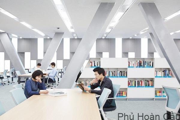 Đại học Seoul Tech - Top 1% visa thẳng
