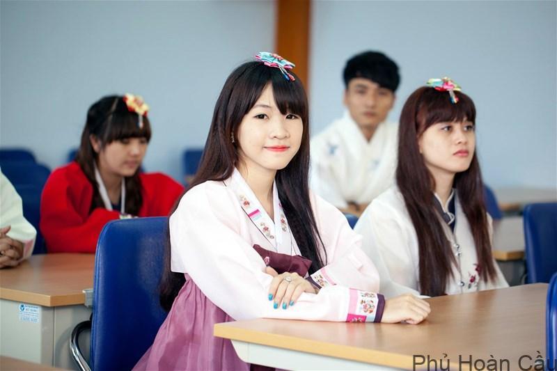 Học đại học ở Hàn Quốc với đội ngũ giảng viên giàu kinh nghiệm, cơ sở vật chất hiện đại