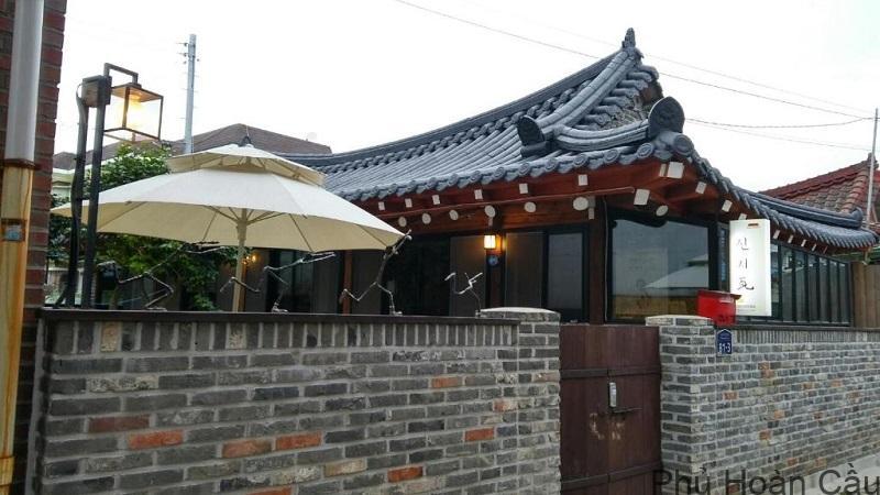 Đường nghệ thuật Gwangju là nơi diễn ra các hoạt động nghệ thuật đặc sắc