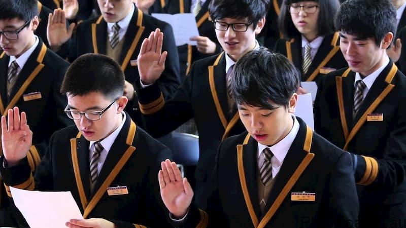 Học sinh THPT ở Hàn Quốc bị cấm nhiều hoạt động
