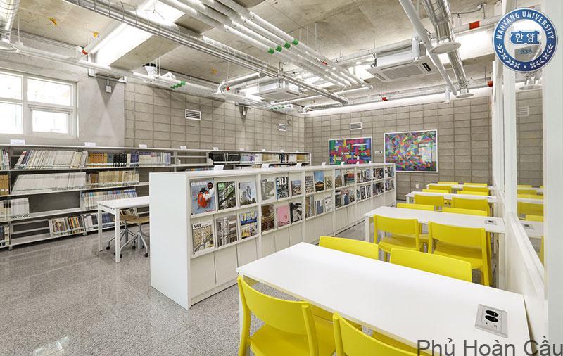 Không gian thư viện của trường đại học Hanyang