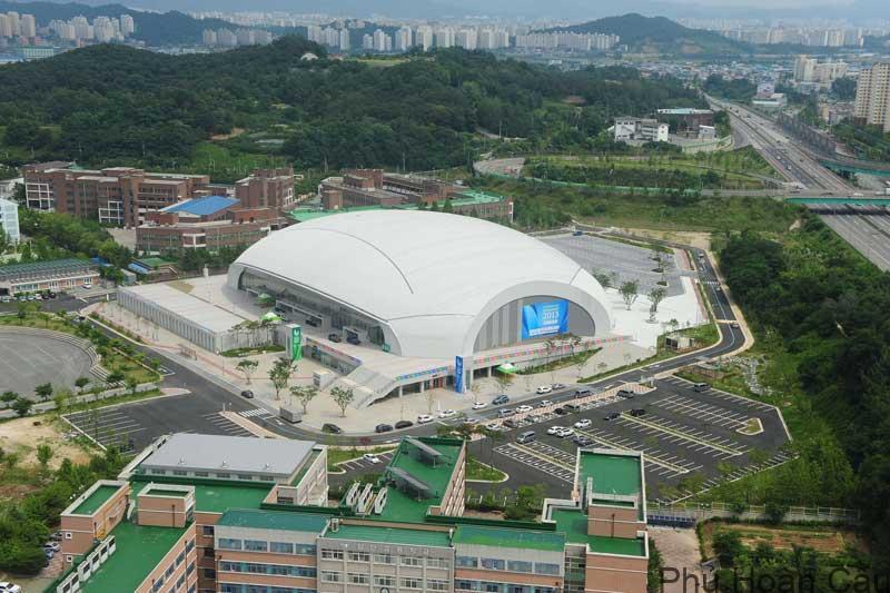 Nambu là ngôi trường sở hữu cơ sở vật chất hiện đại