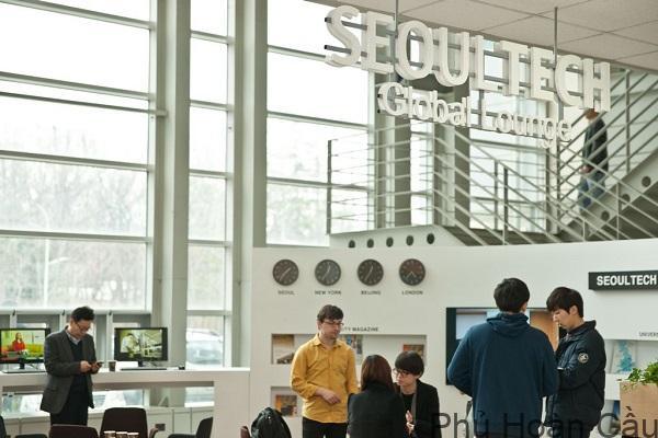 Sinh viên tại trường Seoul Tech