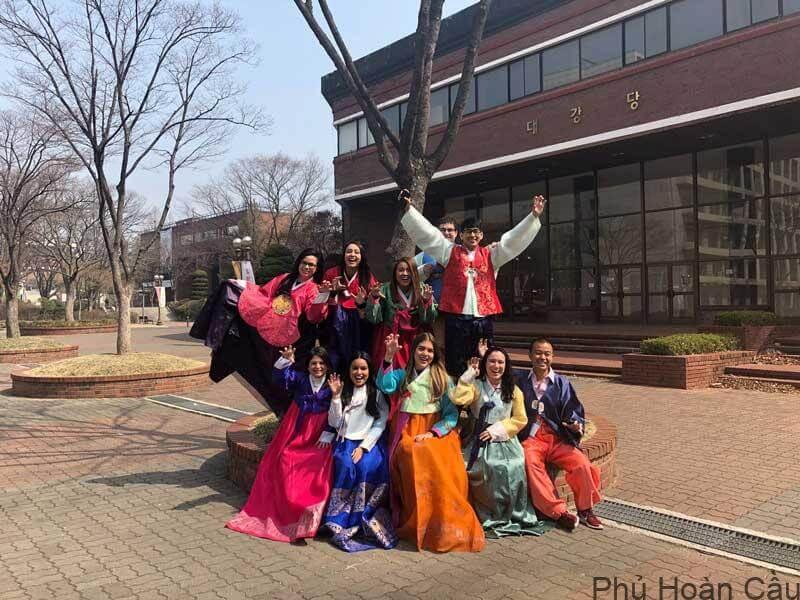 Những lợi ích từ việc du học Hàn Quốc ngành du lịch