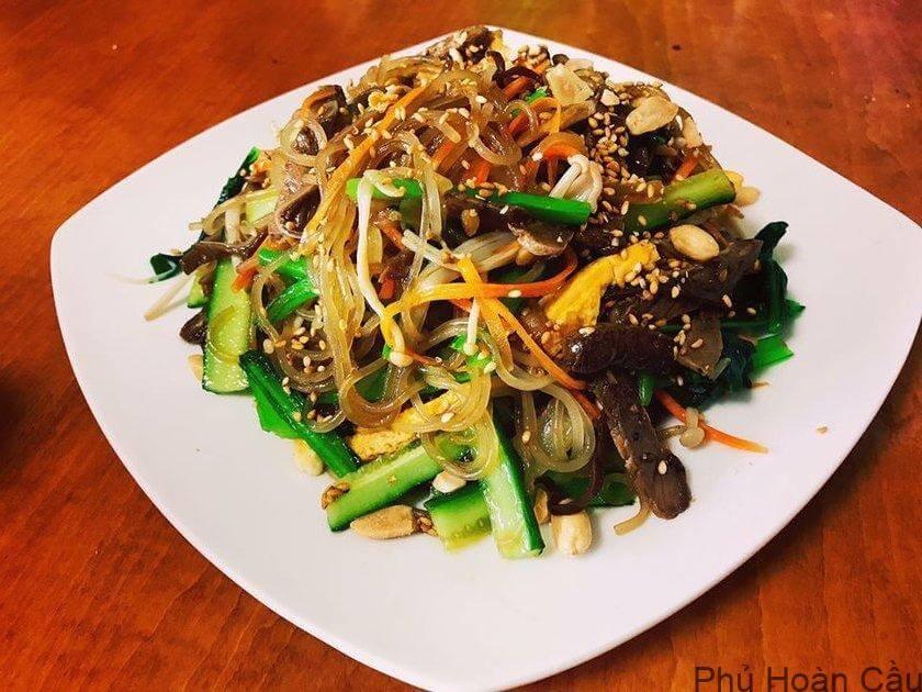 Miến lạnh Hàn Quốc - đặc sản ẩm thực Hàn